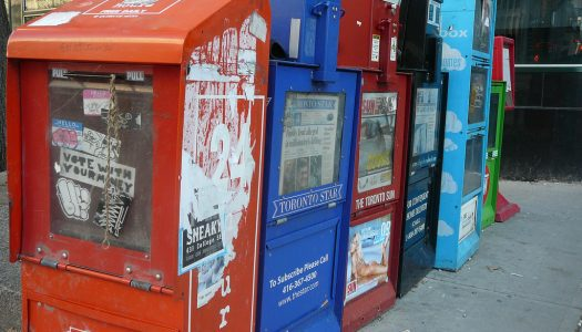Democracy and the decline of newspapers