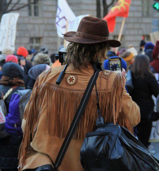 Independent journalist at No DAPL protest