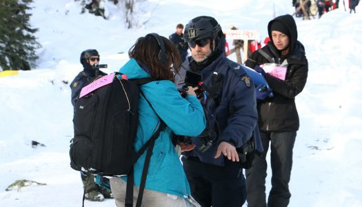 RCMP accused of creating 'crisis of press freedom' in Wet'suwet'en raids